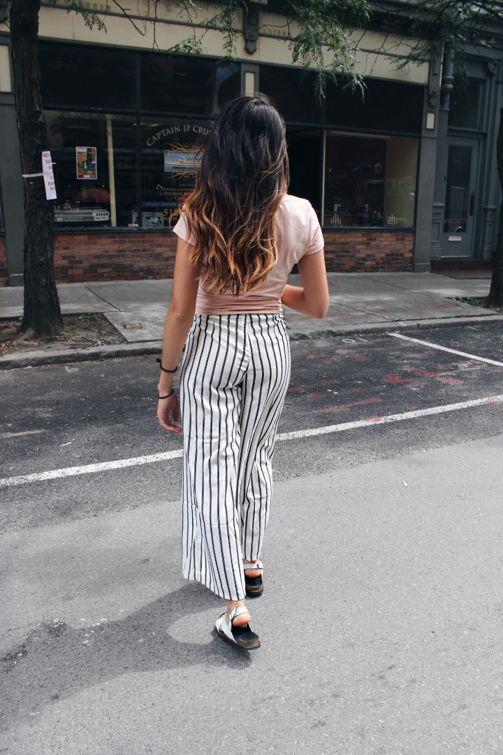 Stripe Wide Leg Pants!