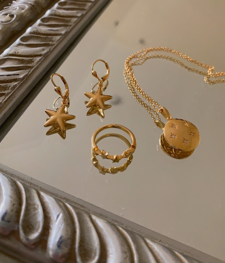 DAINTY GOLD JEWELRY I'VE BEEN LOVING